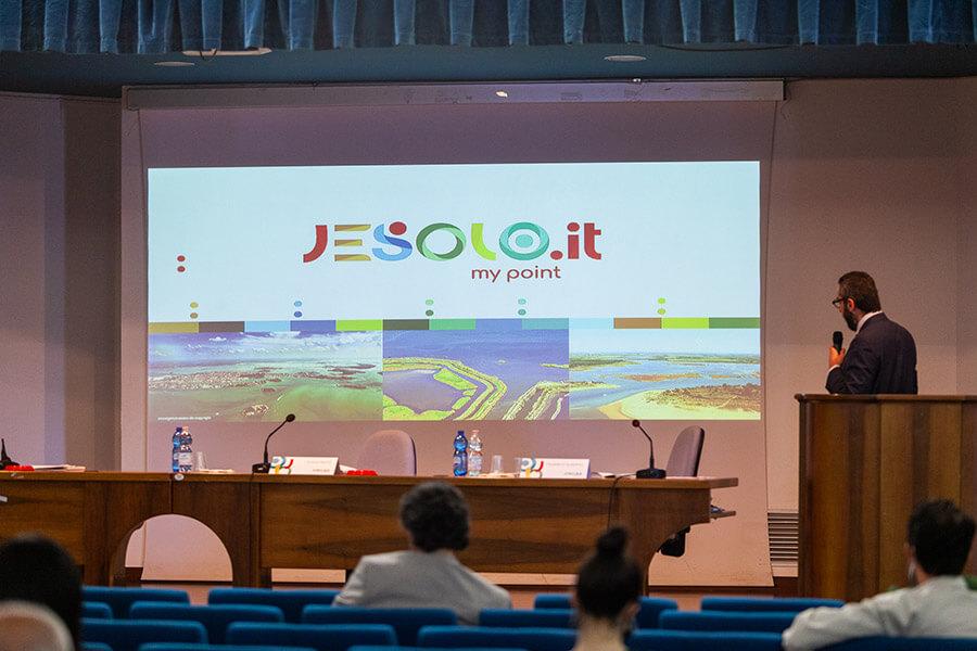 Presentata la nuova brand identity di Jesolo, Ideazione gestirà governance e sviluppo destinazione